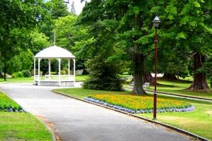 NEW ZEALAND Queenstown Gardens bandstand
