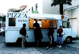 FRANCE Arles food truck pizza